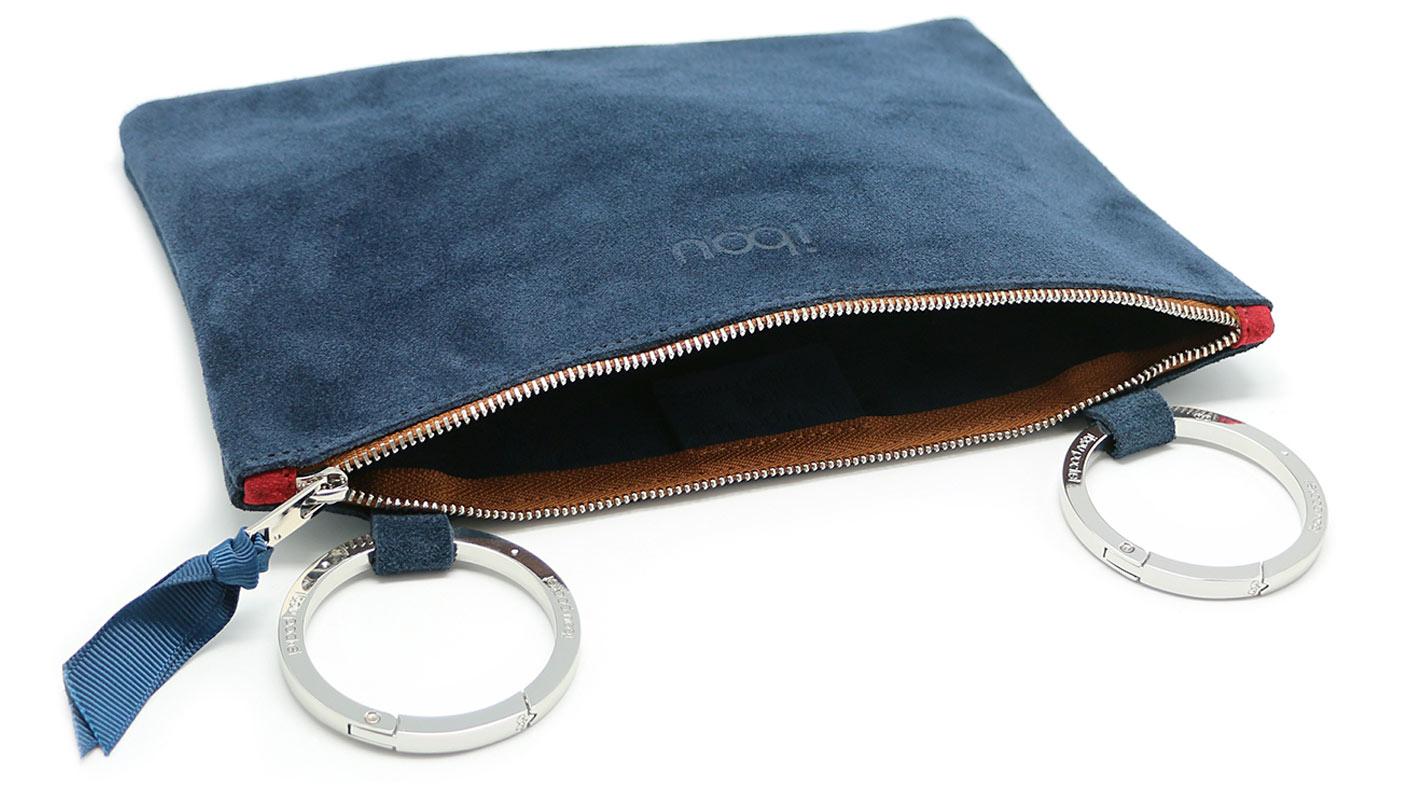 20_3_Ibou-Pocket_Dark-Blue-Leather